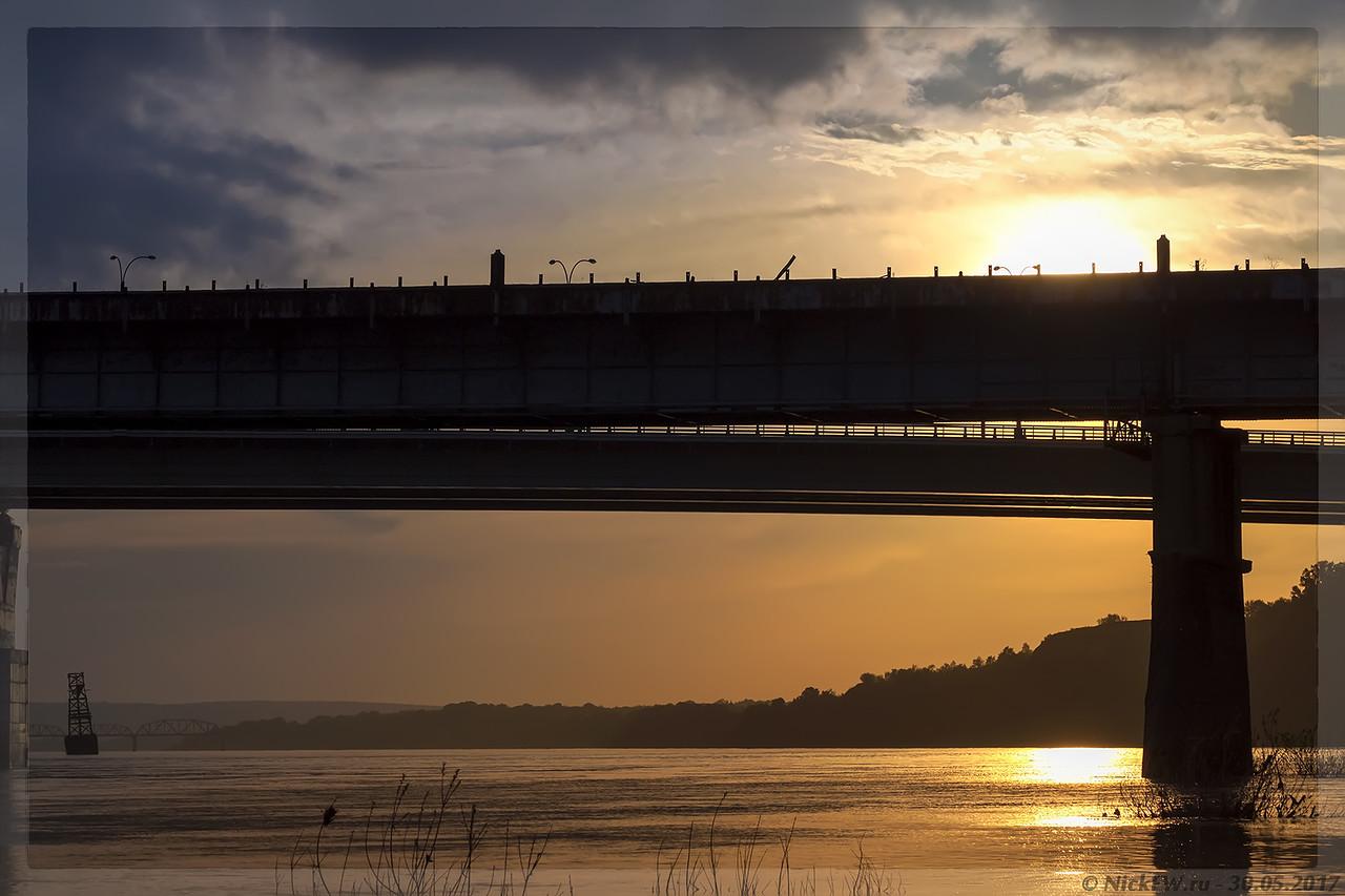 Закат за Кузнецким мостом [© NickFW - 30.05.2017]