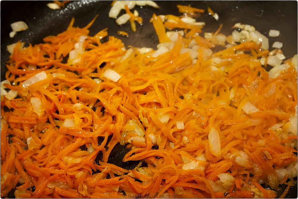 5. Сырный суп с грибами и фаршем [© NickFW.ru]