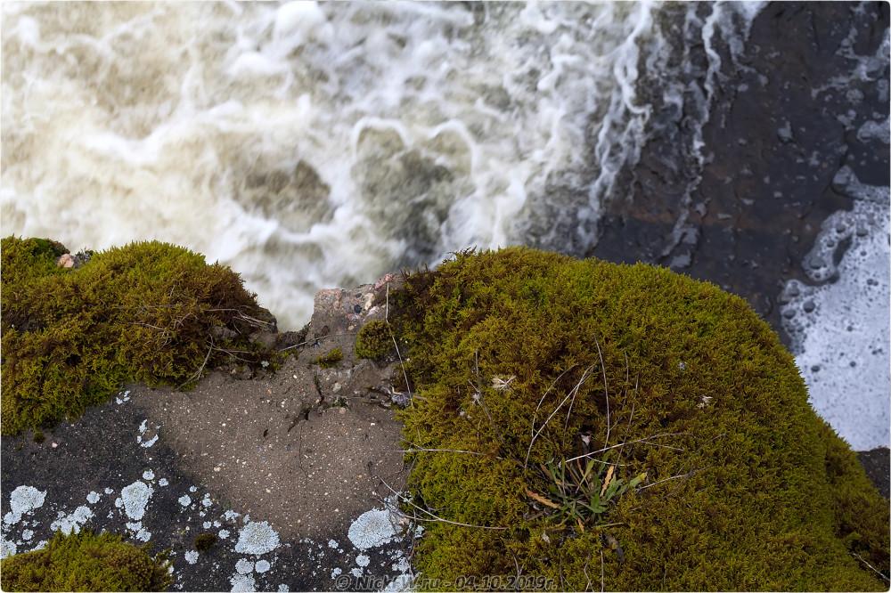 7. Разрушающаяся дамба на реке Белая © NickFW.ru - 04.10.2019г.