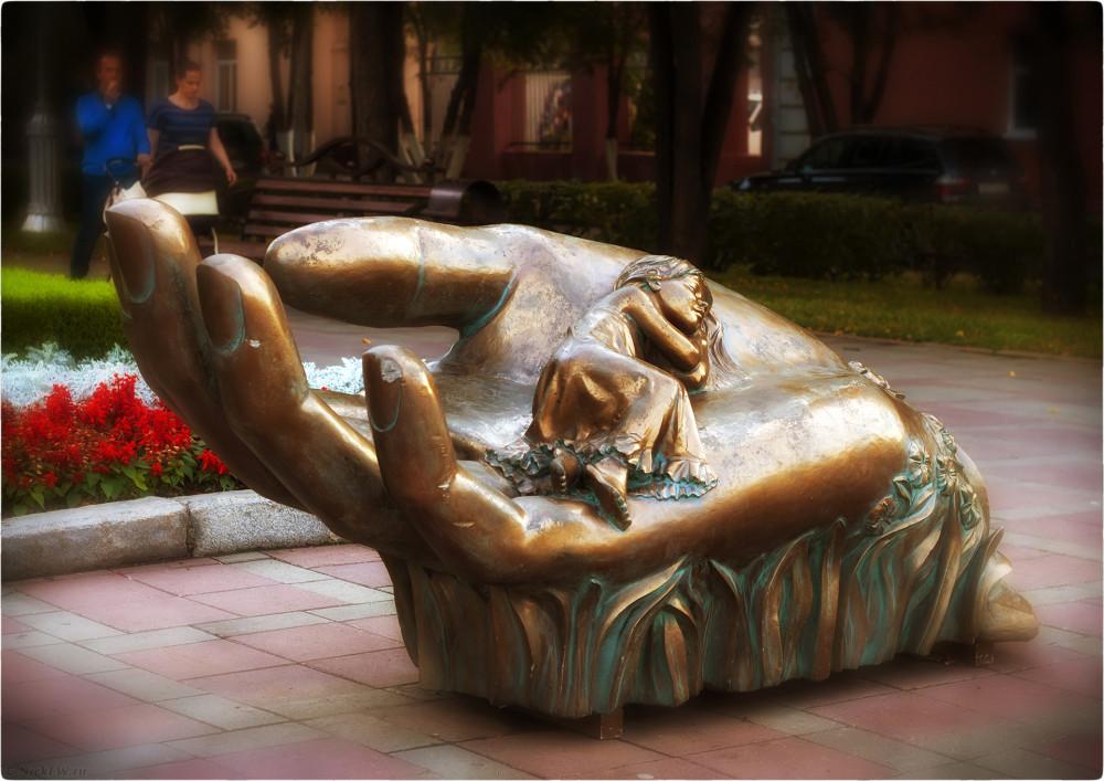 6. Скульптурная композиция колыбель - Август 2016г. © Николай Патрин [nickfw.ru]