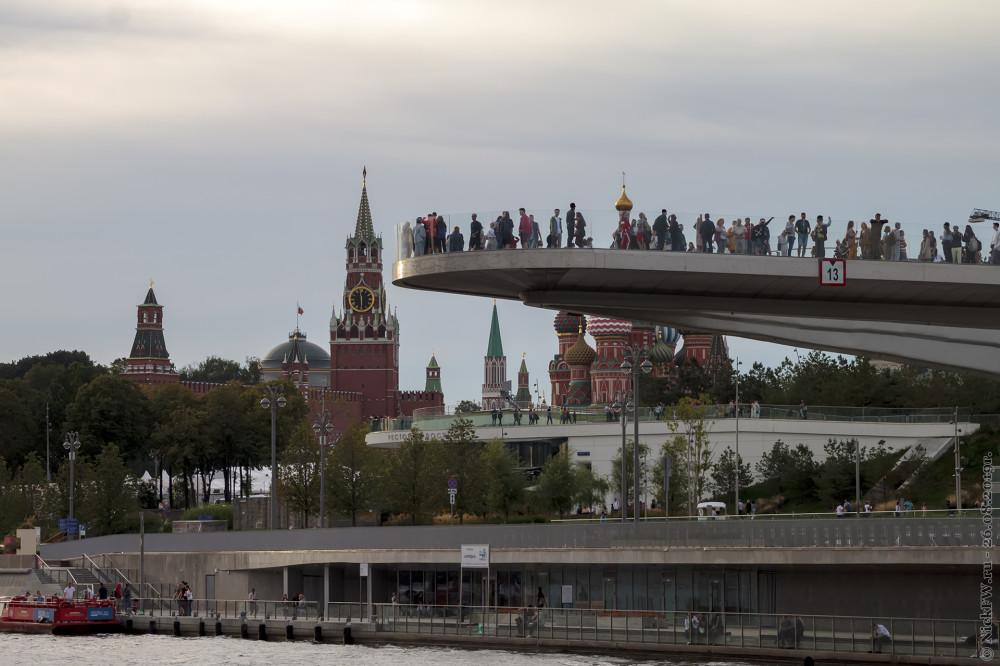 13. Кремль, Парящий мост, Собор и Зарядье © NickFW.ru - 26.08.2019г.
