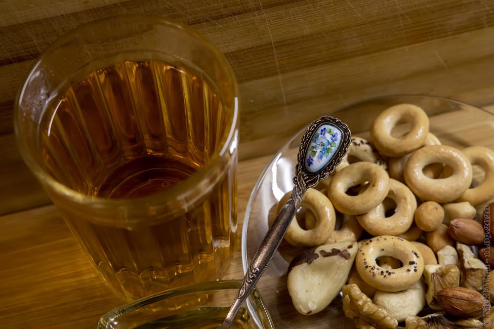 1. Гранёный стакан с чаем © NickFW.ru - 11.09.2020г.