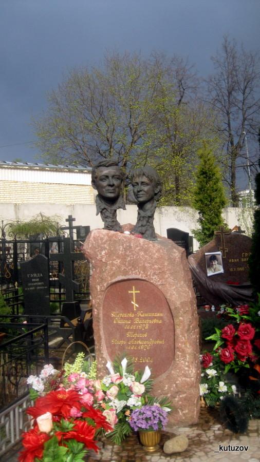 Алексеевский-могила-памятник-2