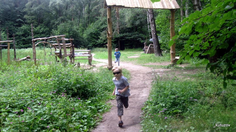 Парк-битц-дети-бегут