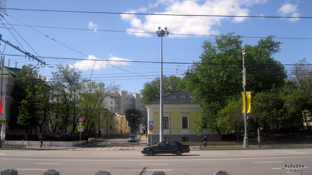 Переулок-просто