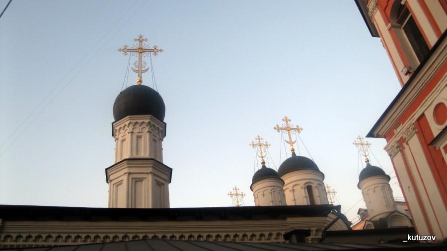 Церковь-Бронная-кресты