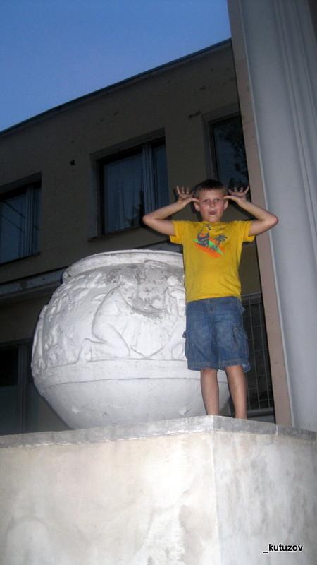 Тумба-Вася-3
