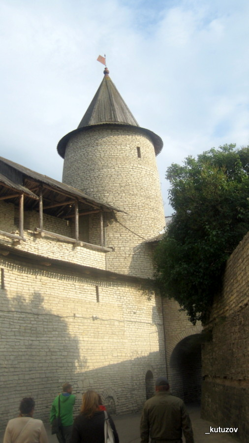 Псков-башня-1
