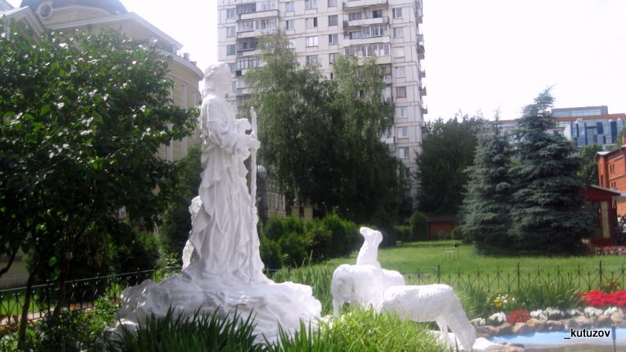 Костел-статуй-1