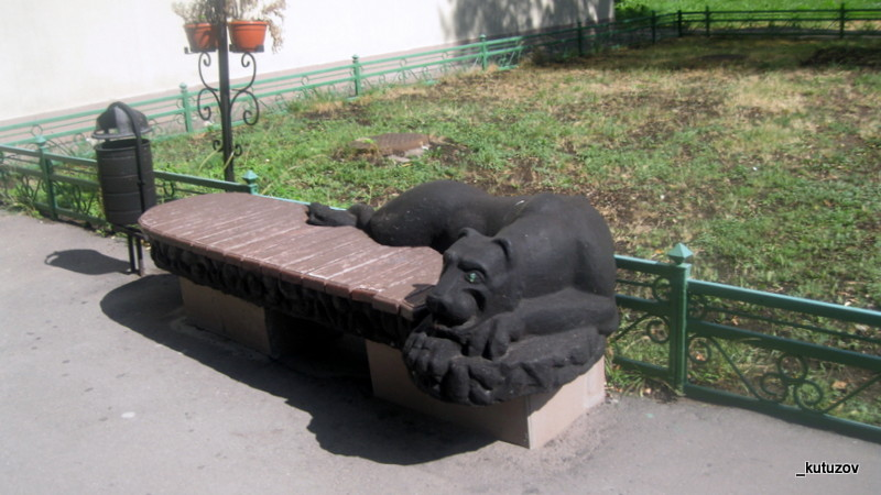 Планетная-скамейка