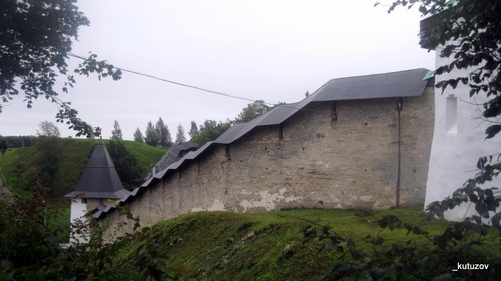 Печоры-монастырь