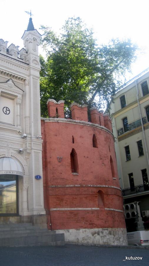 Стена-башня
