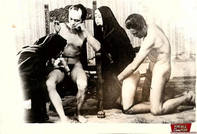 ретро эротика монашки фото