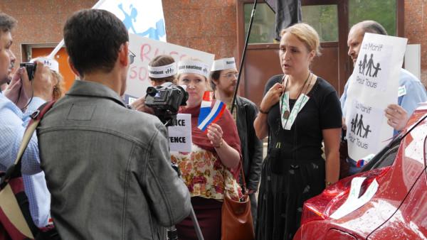 пикет у фр.посольства в Москве 6