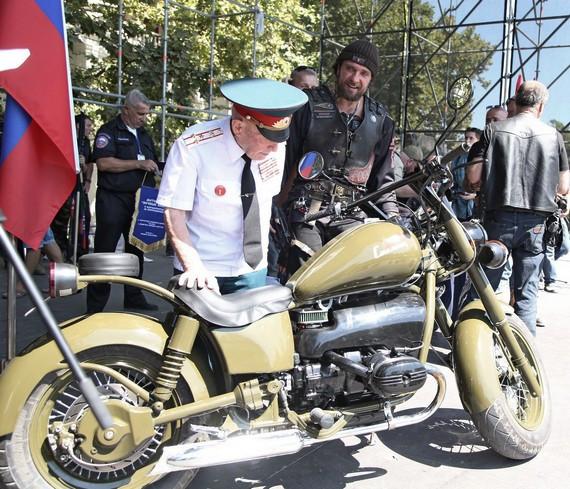 Девушки на мотоциклах в севастополе фото 255-416