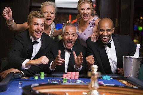 Буду работать в казино на кого нибудь java игровые автоматы скачать бесплатно на samsung i-200