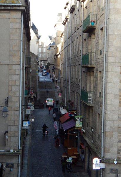Saint-Malo. Улочка старого города.jpg