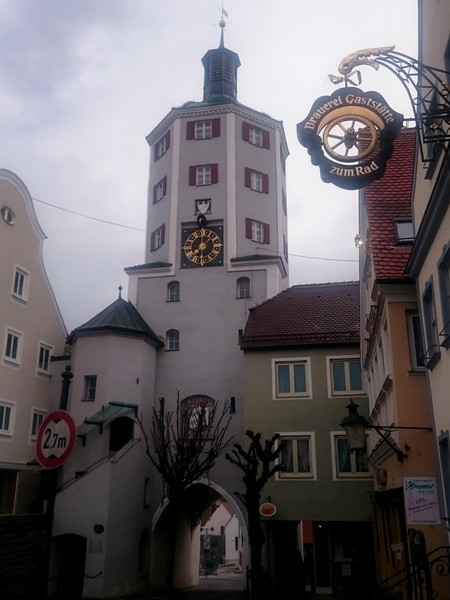 Часы на Marktplatz.jpg