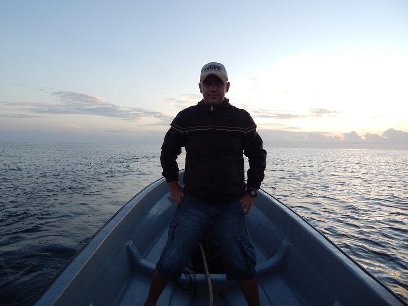 Dolphin cruise. Ранним утром на лодке.jpg