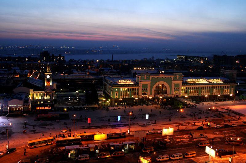 01_Вид на вечерний вокзал