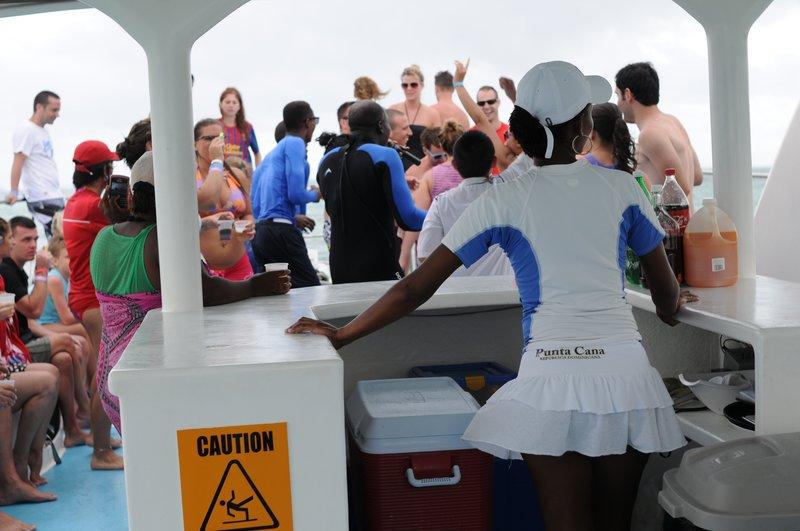 47_Дискотека на яхте