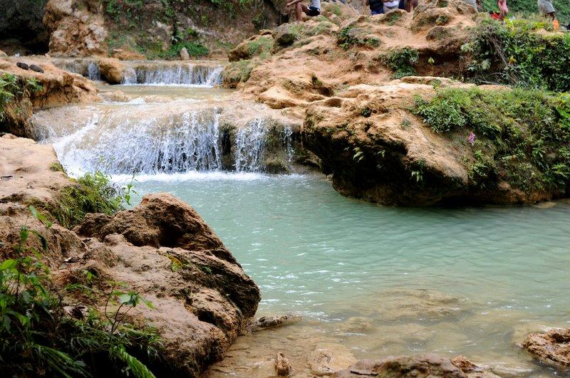 42_Мелкие порожки на водопаде Эл-Лимон