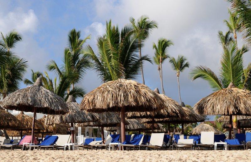 13_Зонтики на пляже