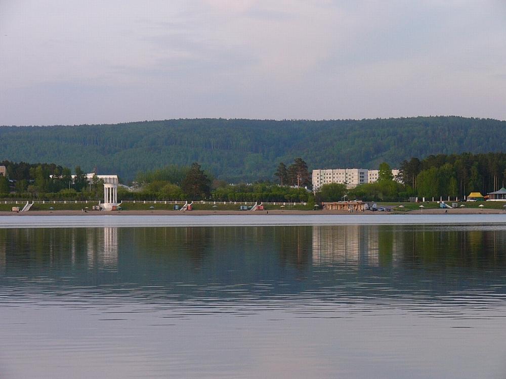 Озеро летом