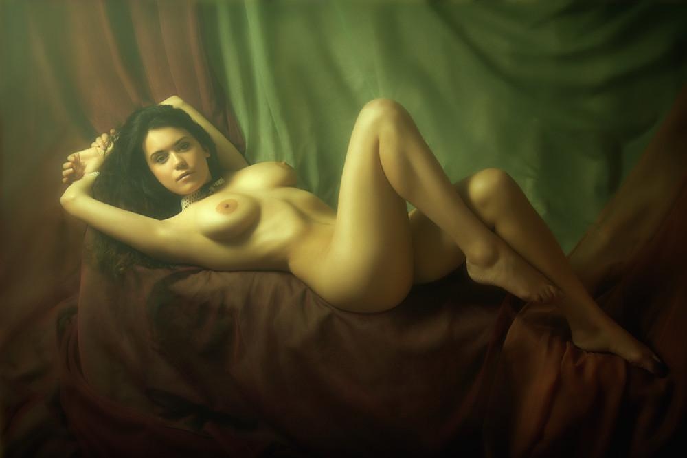 Эротические арт видео, самые красивые голые девушки поза на четвереньки