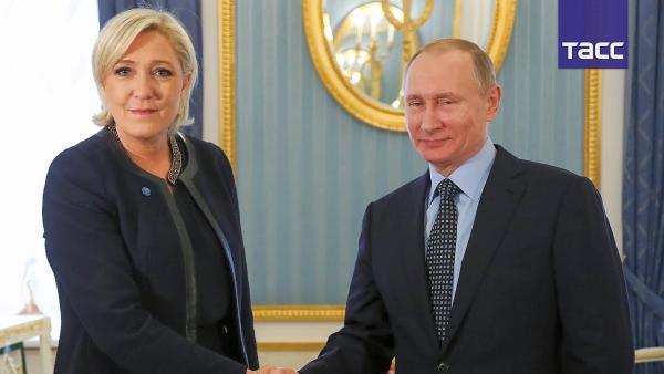 Путин и Ле Пен официал