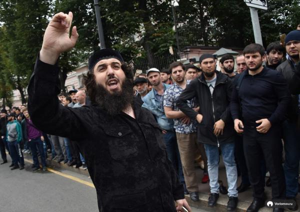 Протест мусульман в Москве
