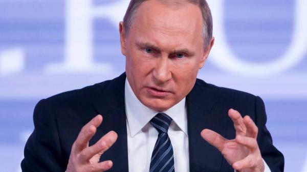 Путин пугает