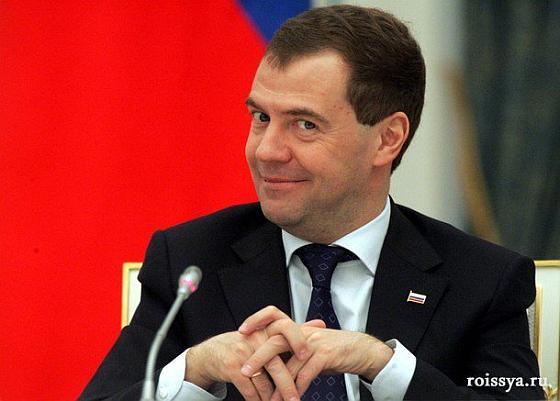 Медведев дебил