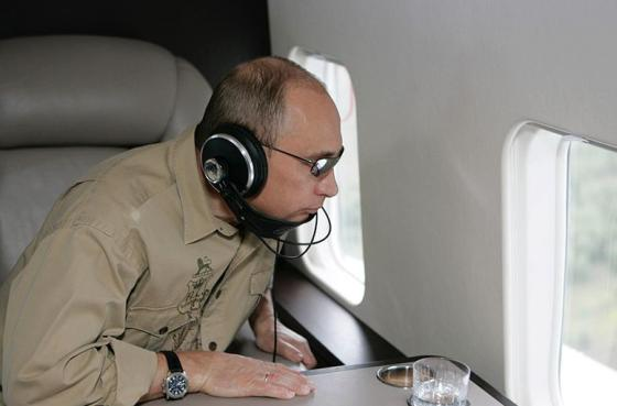Путин в самолёте