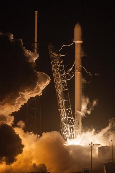 05-Старт ракета