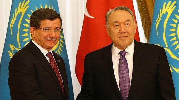 Давутоглу и Назарбаев