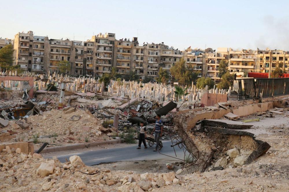 """Как живут люди в """"городе-мученике""""  Алеппо - фоторепортаж"""