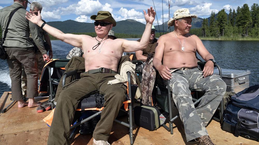 Путин - мачо-мэн в действии