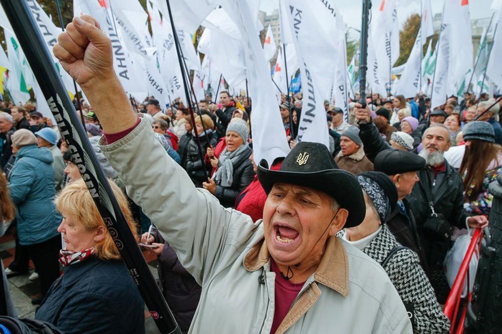 Октябрьская революция имени Саакашвили в Киеве