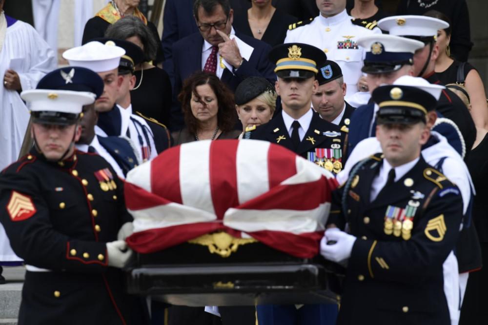Как в США похоронили
