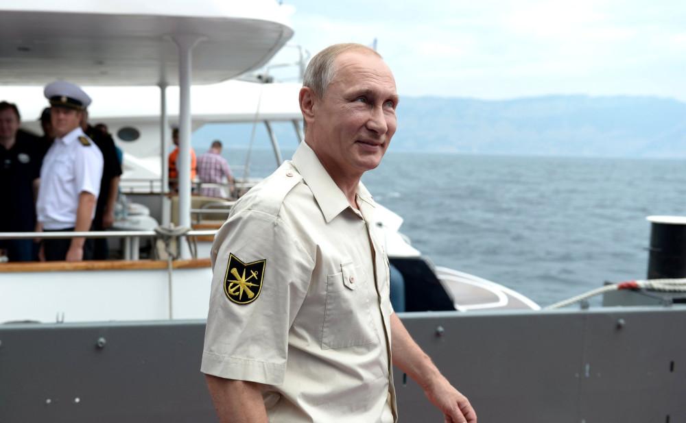 Стало известно, что Порошенко предлагал Путину в обмен на Крым