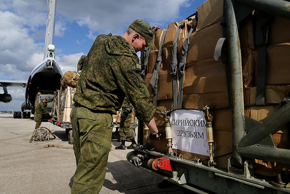 Российская машина возмездия на Востоке - фоторепортаж