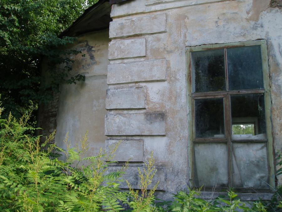P1010051 - Кажется старая школа и бывшая церковь