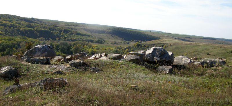 Группа камней на вершине каменного парка над рекой Сухой Семенёк