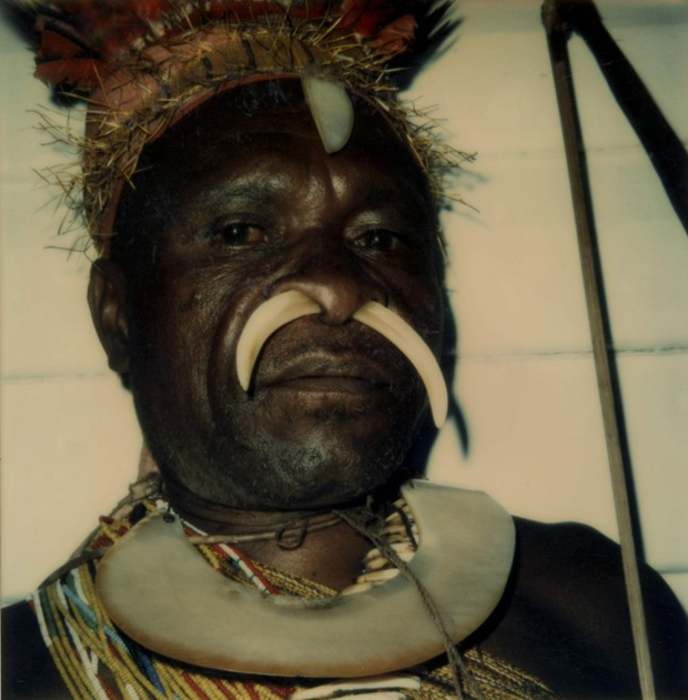 david-bailey-papua-polaroids-1-of-3-kukukuku-man-with-bow-1974-sx-70-polaroid