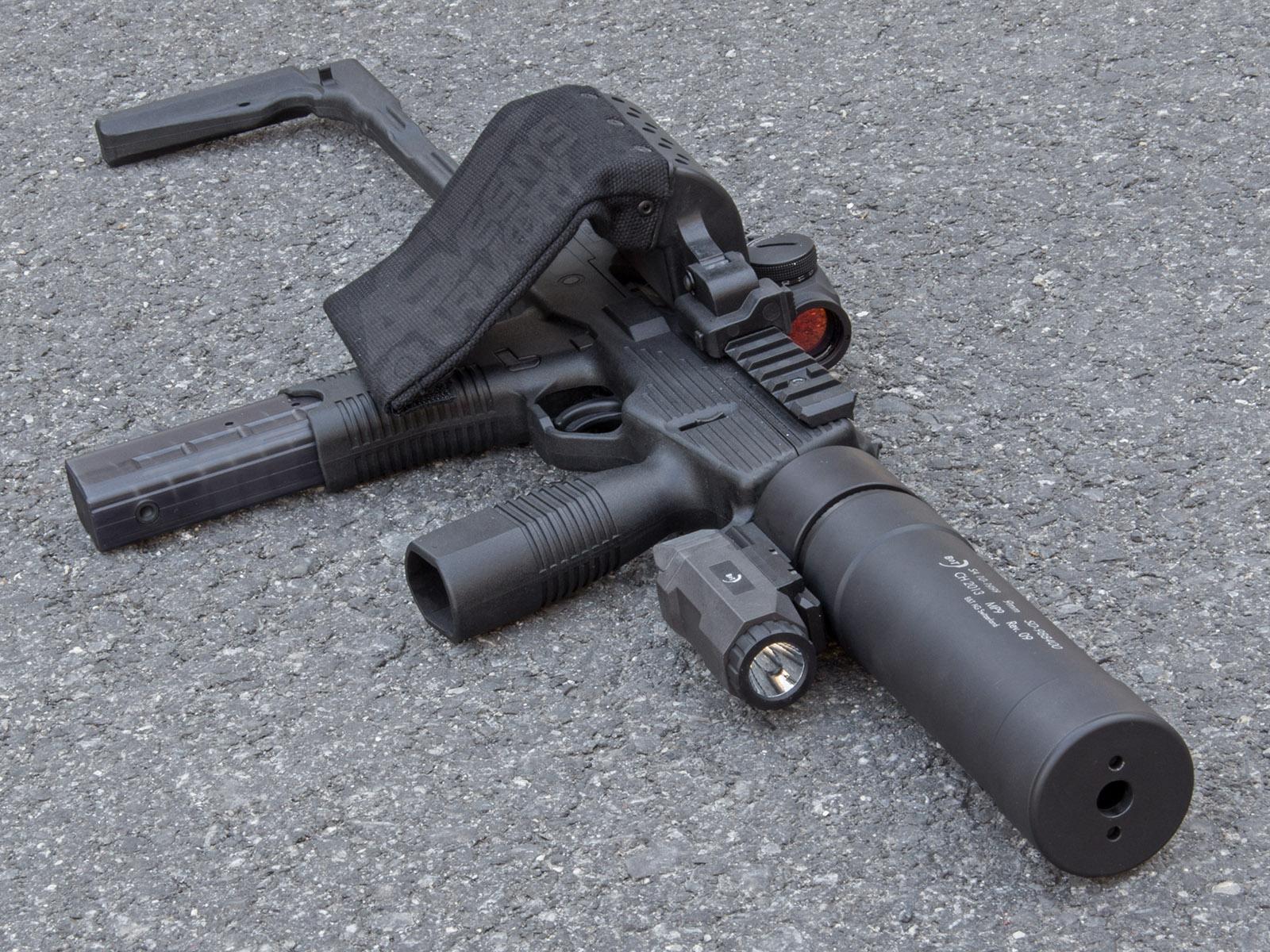 Открытки, картинки смешных пистолетов