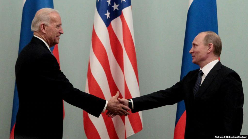 Встреча Байдена и Владимира Путина в 2011 году