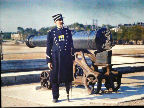 Старый солдат Париж 20 век
