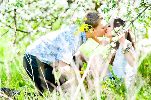 Весенний поцелуй 2