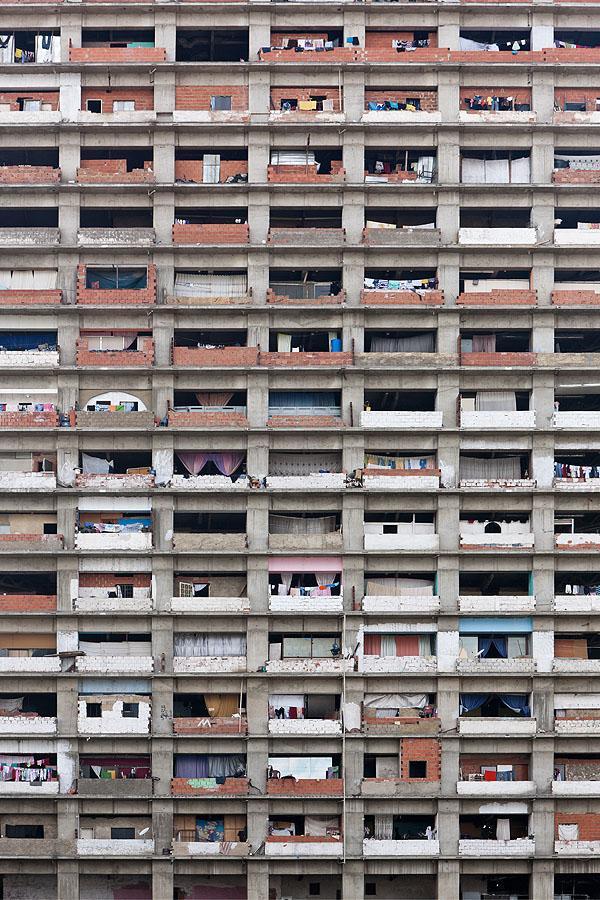 Urban-Think Tank . Brillembourg & Klumpner . Baan . Torre David . Caracas (2)